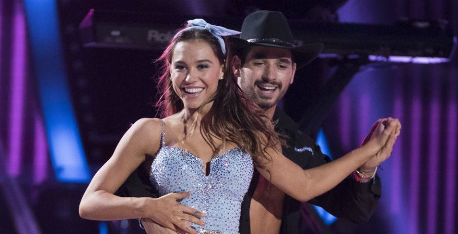 Dancing with the stars winners 2018 dating