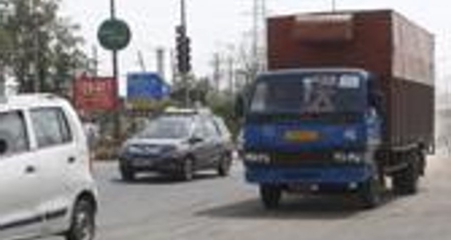 85-year-old hit by truck, dies   Top Indi News