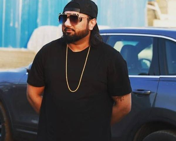 Honey Singh courts controversy over 'vulgar words against women' in